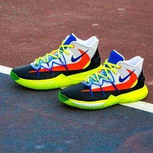 Nike Kyrie 5 - Boys' Grade School Shoes